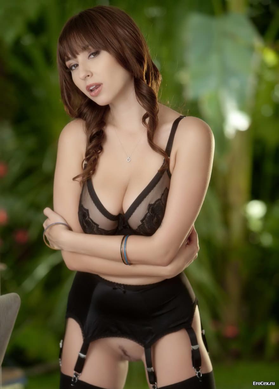 Сексуальное тело милой девушки